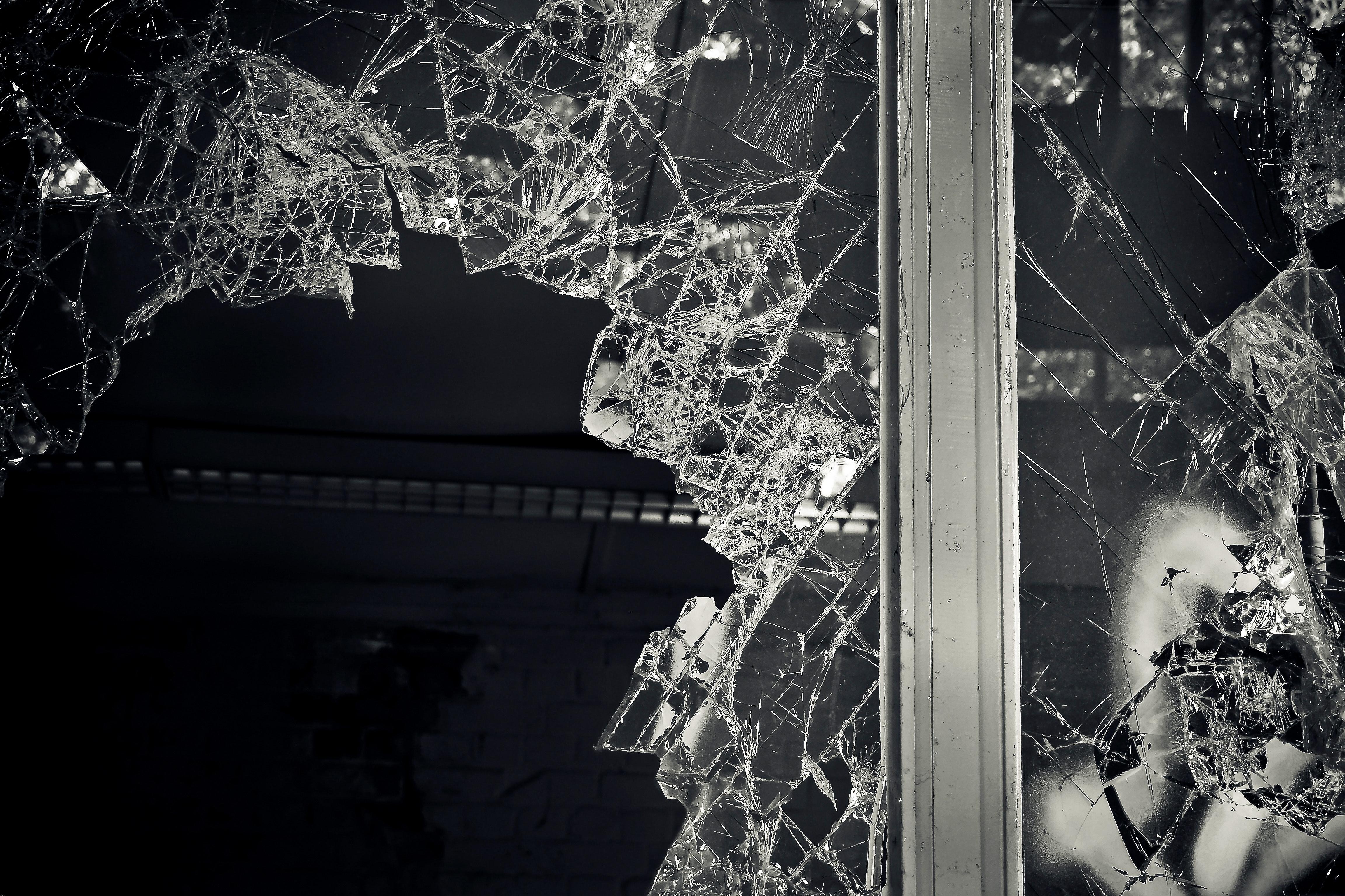 smash window